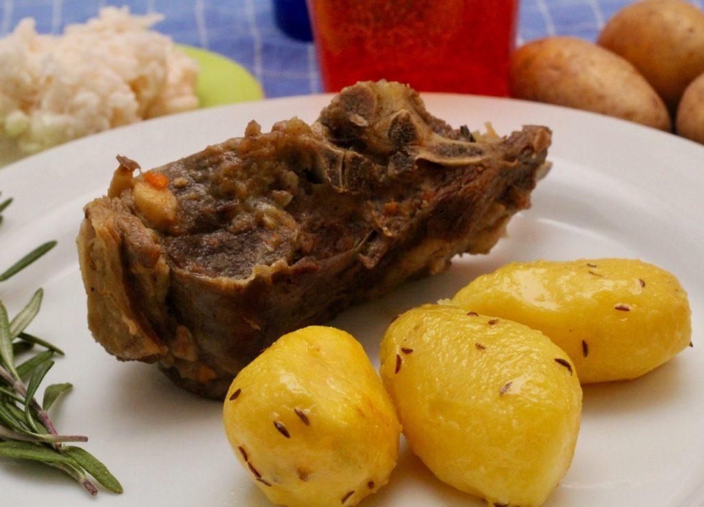 Wirtshausfuehrer –Kochen wie der Wirt – Bauernschöpsernes – Weyerhof 13