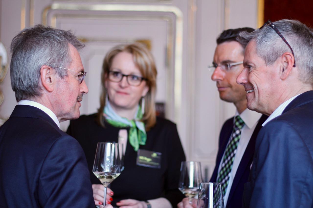 Freuen sich über das hohe Niveau der 2016er DAC's: Landesrat Karl Wilfing, Weinkomitee-Weinviertel-Geschäftführerin Ulli Hager, Obmann Hans Setzer und Wirtsausführer-Herausgeber Klaus Egle.