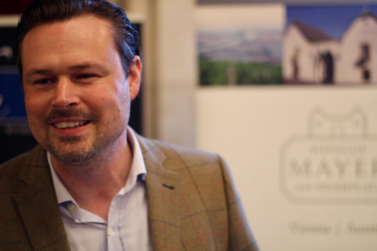 Gerhard Lobner glänzte mit dem neuen Wiener Gemischten Satz DAC 2016 Ried Preussen, Nussberg vom Weingut Rotes Haus – ein komplexer Wein mit großem Zukunftspotenzial.