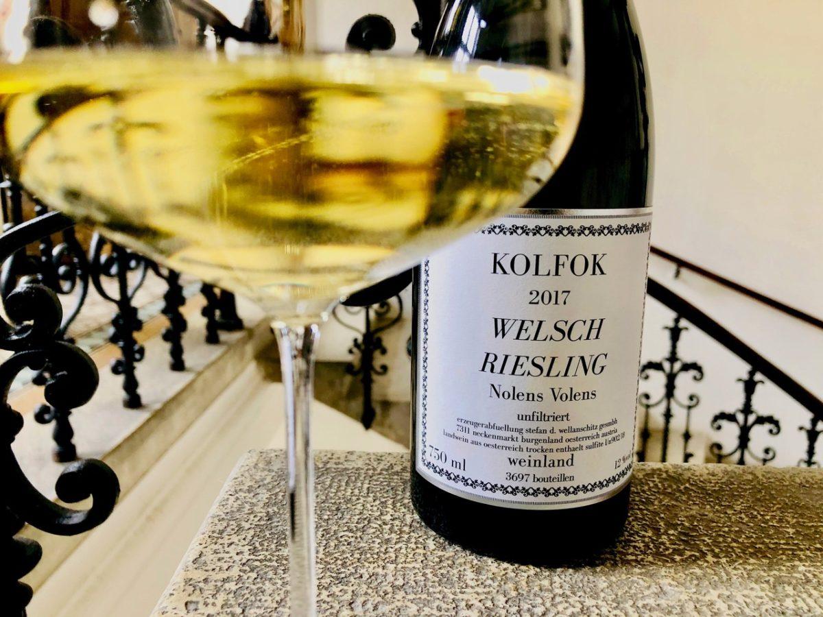 Kolfok Welschriesling Nolens Volens Wellanschitz Wein mit Egle Wirtshausführer